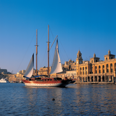 Take a Harbor Cruise on one of our Turkish gullets and take in Malta's history.