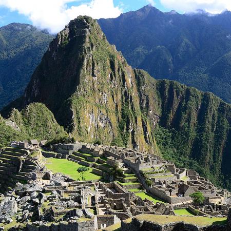 Machu Picchu, the breathtaking Inca citadel and a wonder of the world (Cusco)