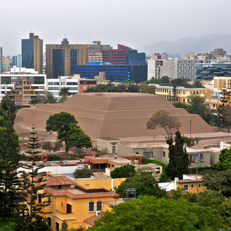 Lima – a mixture of pre-Incan and modern city