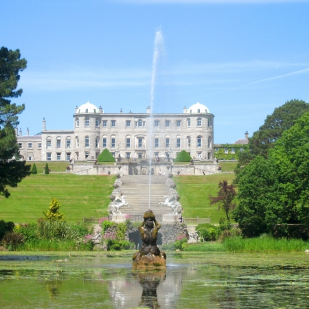 Powerscourt House and gardens visit combined with a falconry demonstration – Enjoy wine and cheese