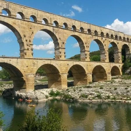Go kayaking under the picturesque UNESCO-protected Pont du Gard.