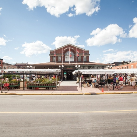 Don't miss the opportunity to visit the historical ByWard Market. Unique eclectic shops, boutiques and restaurants offer something for everyone.