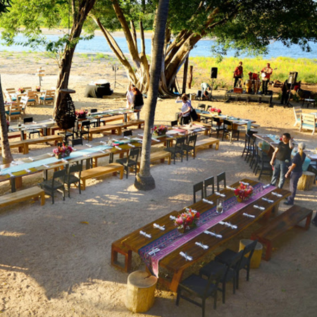 Pangas Beach Club - Pangas, perfect to get lost in the laidback tropical lifestyle of Tamarindo