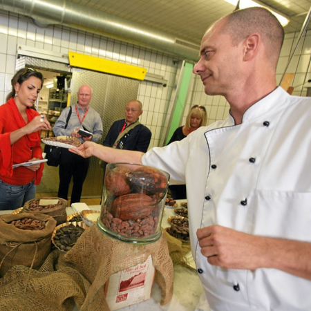Get to know the secret of the art of the Swiss chocolate making