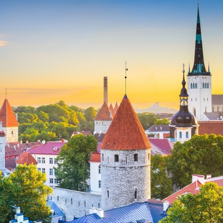 Tallinn Medieval Old Town - Feel the historical spirit of Tallinn when strolling through the city with its rich Medieval Heritage