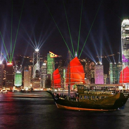 Take in the spectacular views of Victoria Harbor on board the stylish Aqua Luna red-sail junk boat.