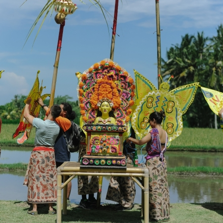 Experience the daily routine of local Balinese people and gain insight into a unique culture that most visitors will never come across.