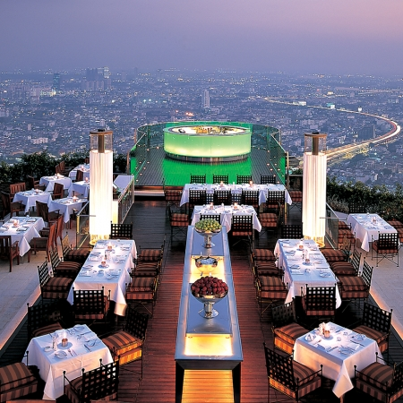 Enjoy a silver service dinner with 360 degree views of Bangkok at the 67th floor of the Le Bua State Tower.