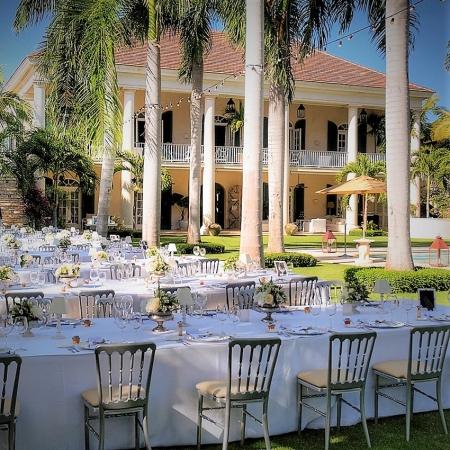 Gorgeous dinner at Winston Churchill's niece's villa