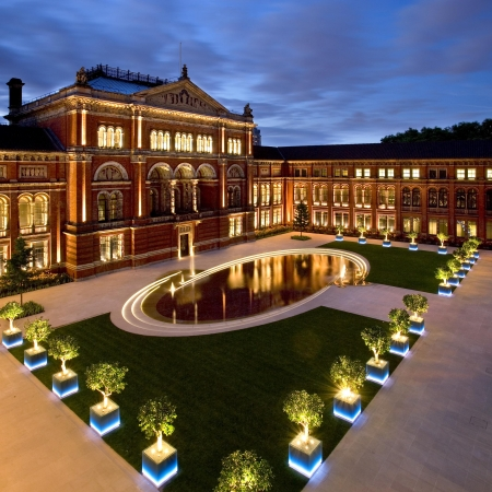 Free entry to London museums and art galleries.