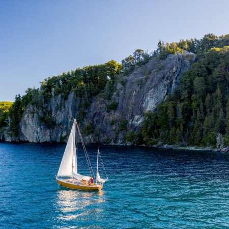 Luxury sailing along Nahuel Huapi lake in Bariloche
