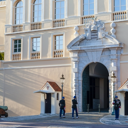 Principality: Enter in the prince's family's life with discovering the beautiful Castle and assisting the changing of the guards on the Rock of Monaco's old town.