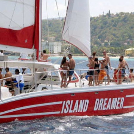 It's all about fun and frolic as you sail and snorkel on our Catamaran Cruises.