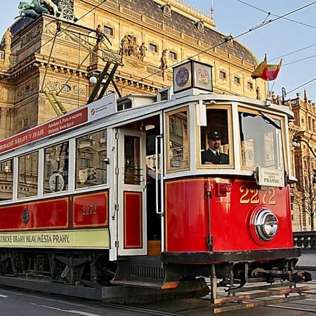 Try alternative ways of transportation (vintage tram/car, horse carriage, boat).