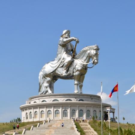 Chinggis Khaan statue in Tsonjin Boldog