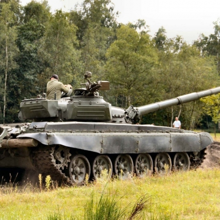Tank driving experience in Vilnius district