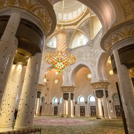 Visit some of the regions breathtaking mosques and experience the extraordinary culture that the UAE has to offer.