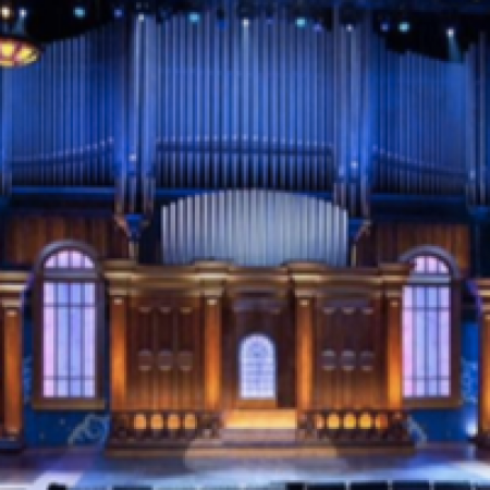 Find out what band is playing at the Tabernacle Atlanta and go!  Once a Baptist Church turned House of Blues during the 1996 Olympics, The Tabernacle is the music venue in downtown Atlanta. Hardwood floors, tons of seating and nods to the venue's origin make it one of a kind.