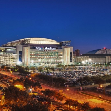 NRG Center and Reliant Park – thousands of feet of meeting and convention space that is newly renovated and easily accessible.